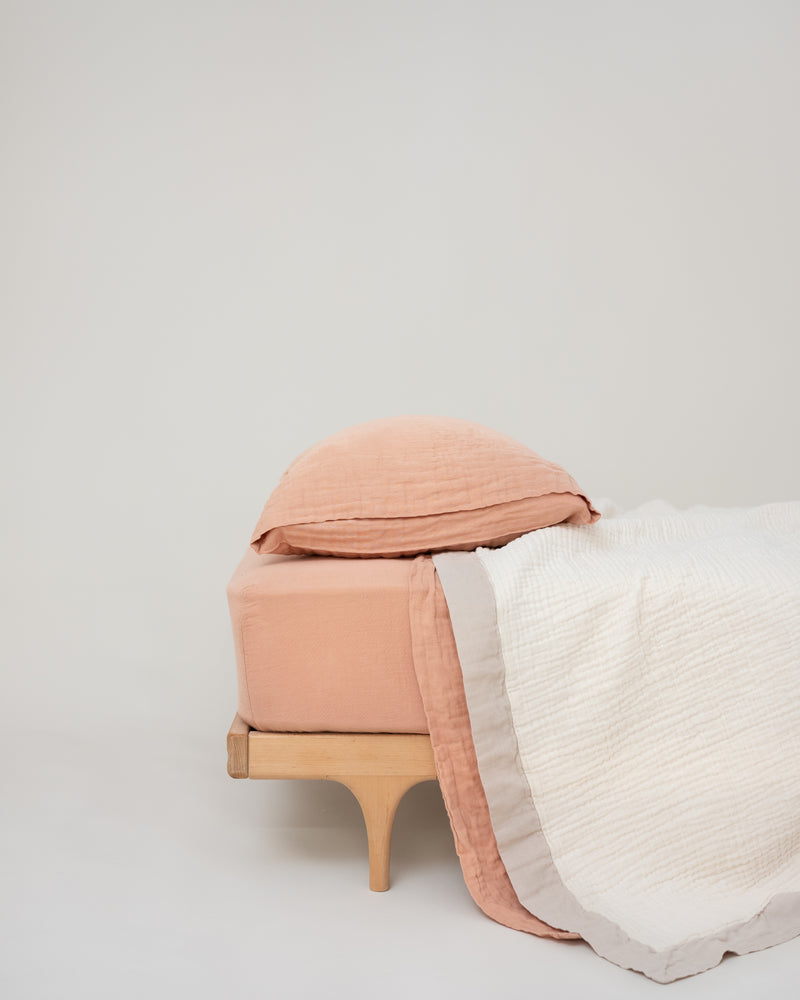 trimmed bed blanket (2 sizes, 9 colors)