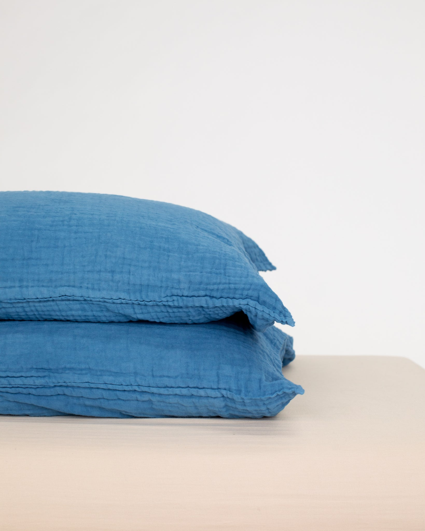 indigo pillowcase / 2-layer gauze (on sale)
