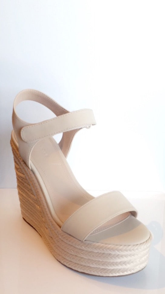 Kendall & Kylie Grand Wedge - light natural