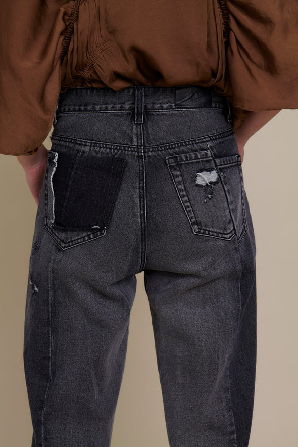 DESIGN DAMAGE DENIM PANTS