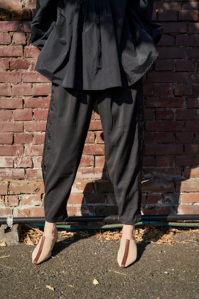 GONGFU TAPERED TROUSERS