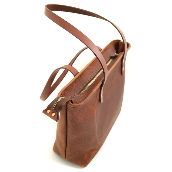 side profile of tote