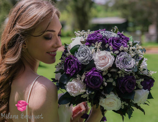 Design your Wedding Bouquet With Preserved Roses - Milena Bouquet