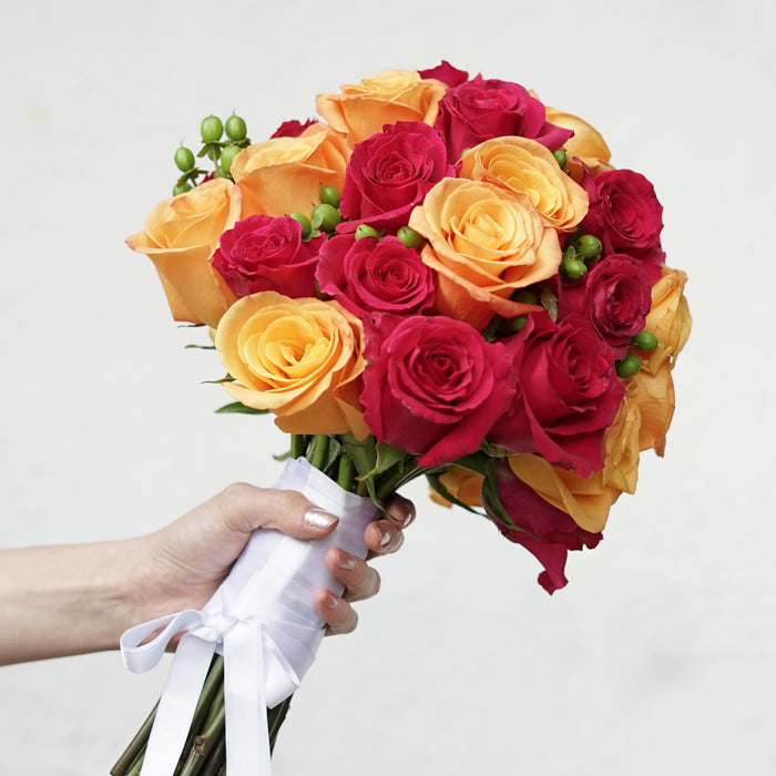 Design Your Own Wedding Bouquet With Fresh Cut Roses - Milena Bouquet