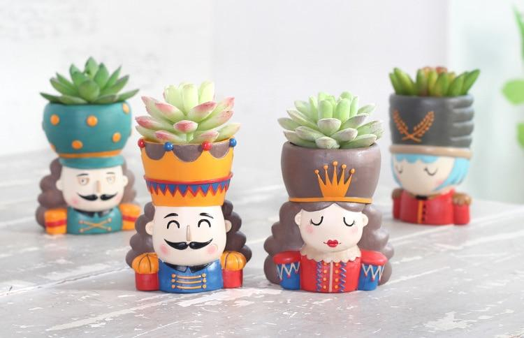 Cute Tin Soldier FlowerPot - Boy and Girl - Planter Desktop Vase - Milena Bouquet