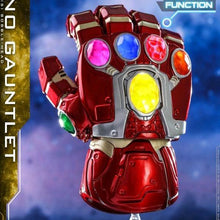 Load image into Gallery viewer, Avengers 4 Endgame - Nano Gauntlet Light Up Cosbaby Bobble-head Hot Toys