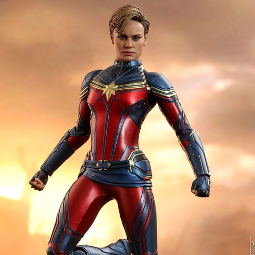 Avengers 4 Endgame - Captain Marvel MMS575 1/6 Scale Articulated Action Figure Hot Toys