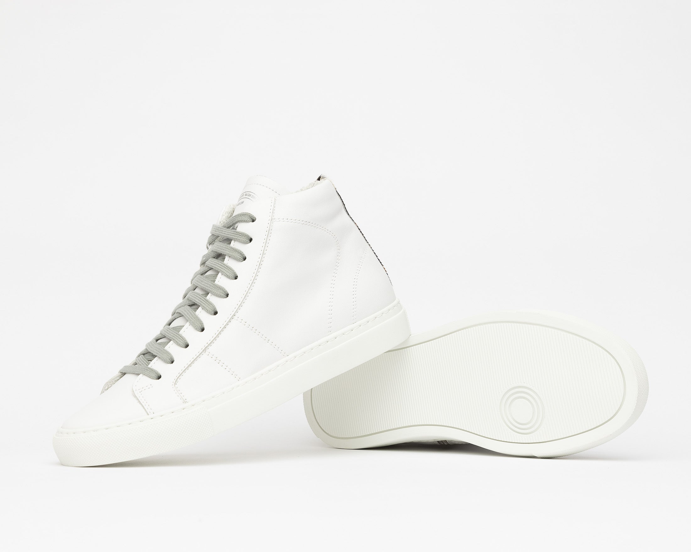 Star High-Top Sneaker in White/Tiger - Detail 1