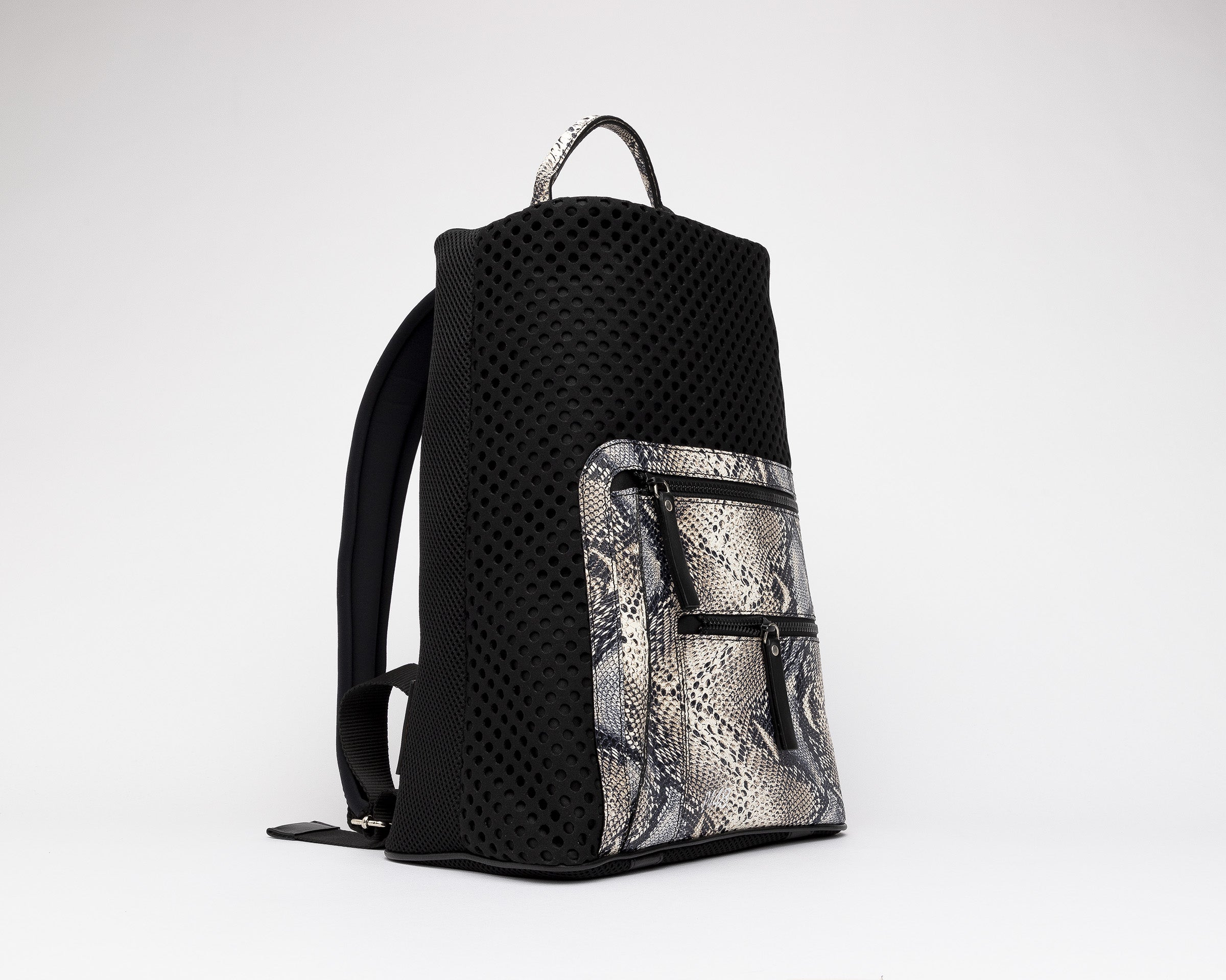 Bill Backpack in Twister Python - Side 1
