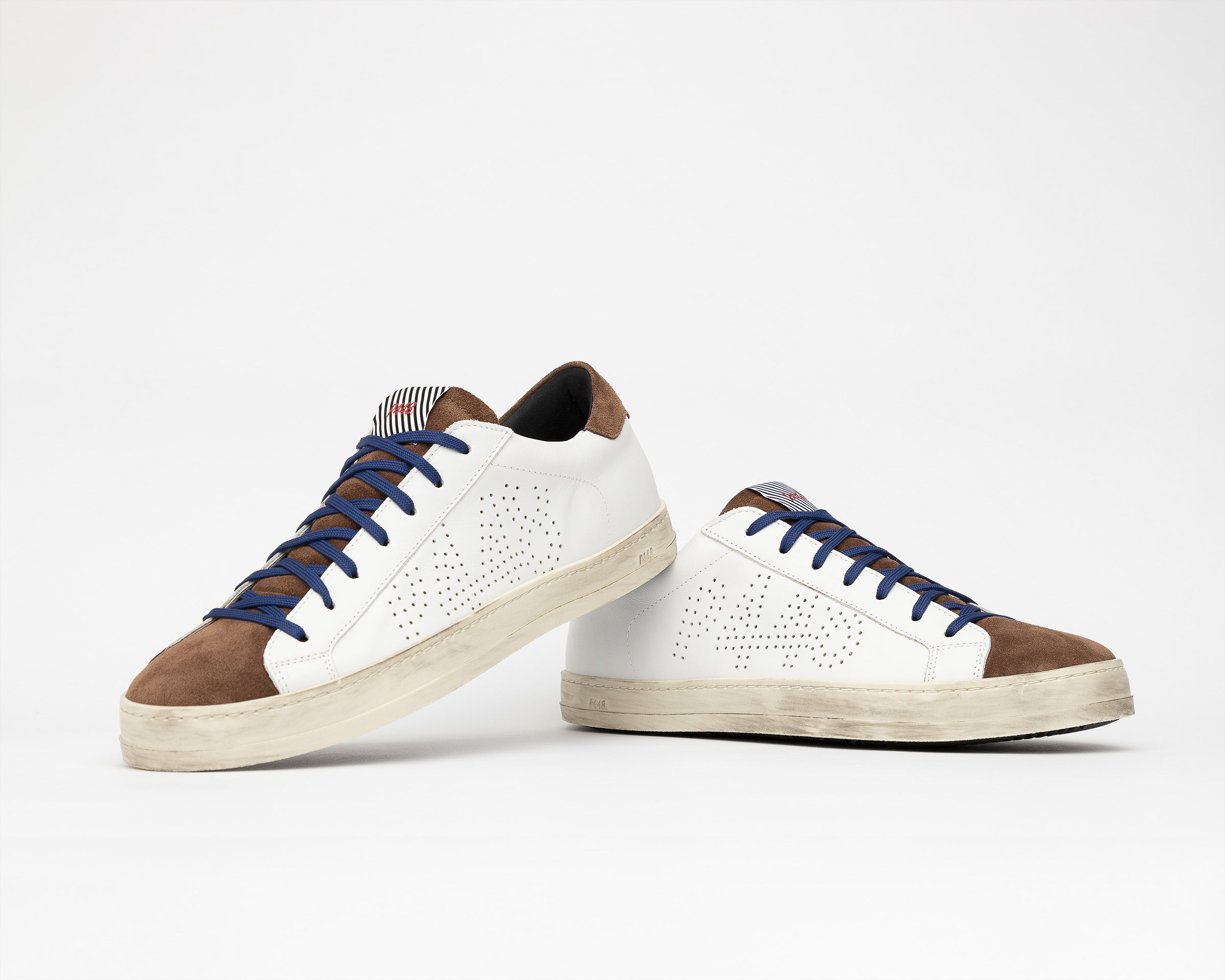 John Low-Top Sneaker in White/Brown - Detail 1