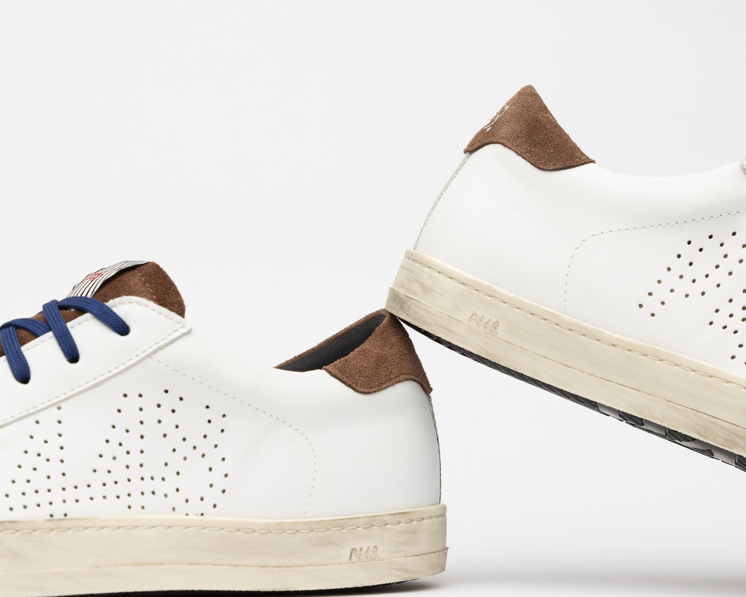 John Low-Top Sneaker in White/Brown - Detail 2