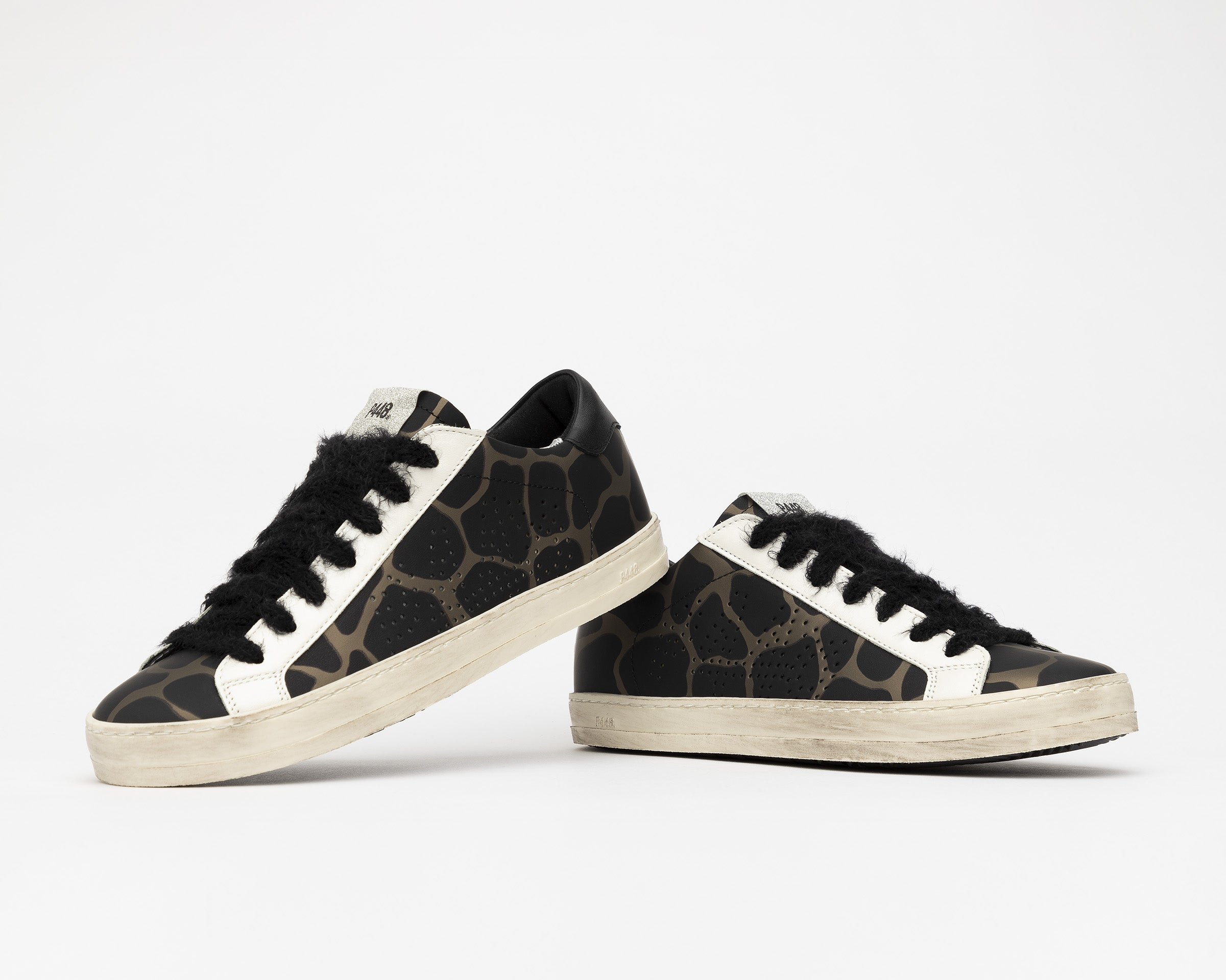 John Low-Top Sneaker in Army Giraffe - Detail 1