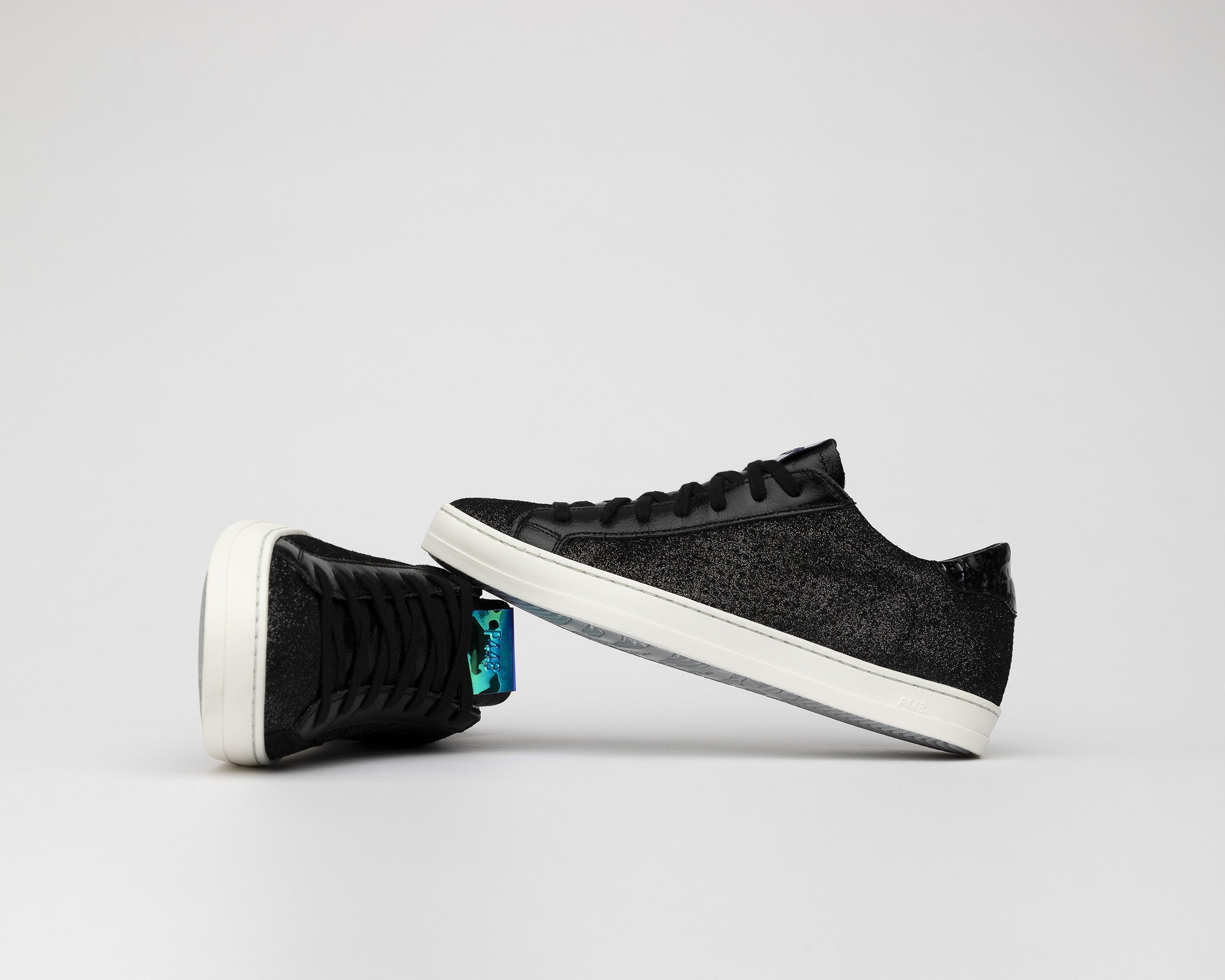 John Low-Top Sneaker in Black Patent - Detail