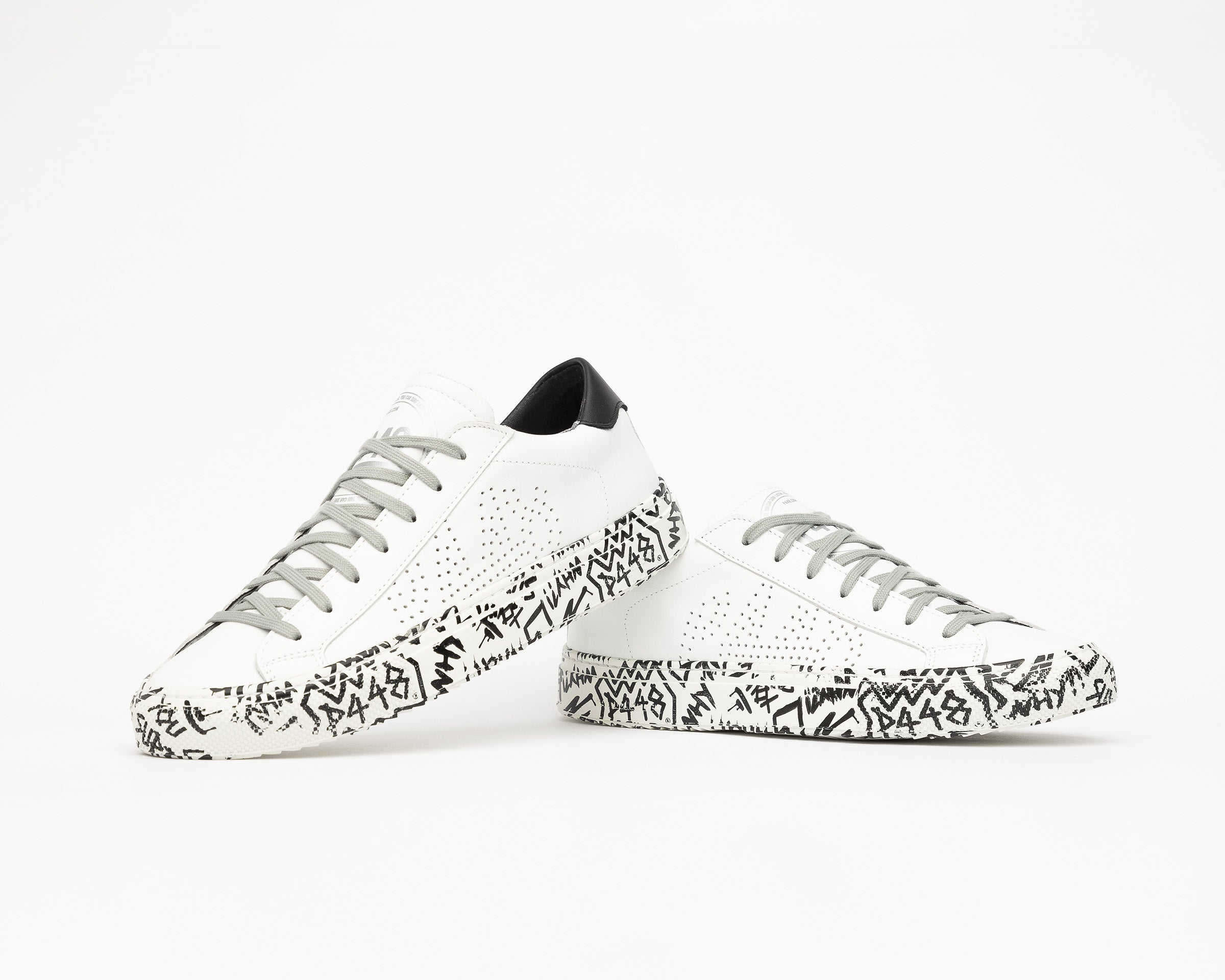 JohnP Low-Top Sneaker in White/P448 Sole - Detail 1