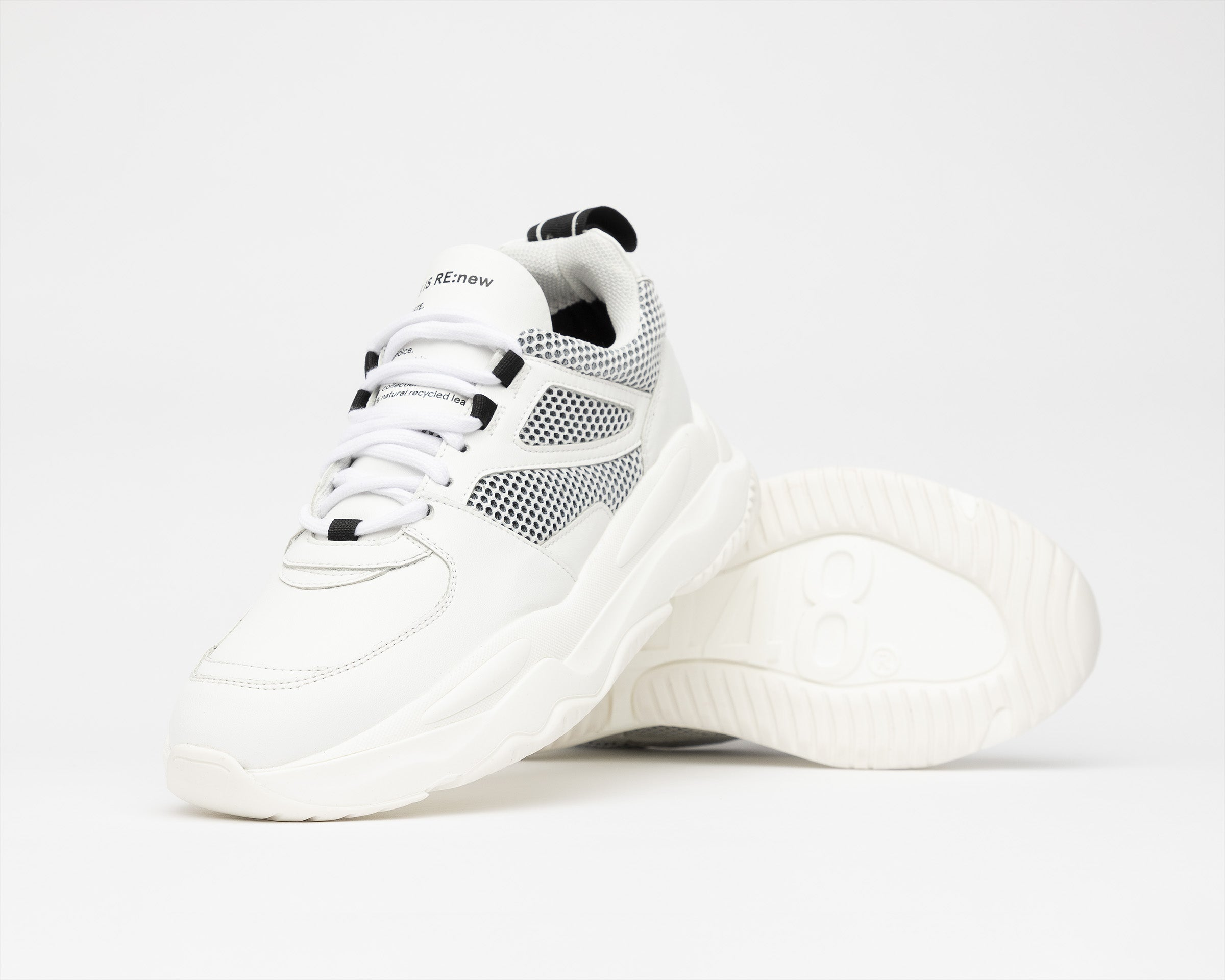 Luke Chunky Sneaker in WhiteR Recycled Leather - Detail 1