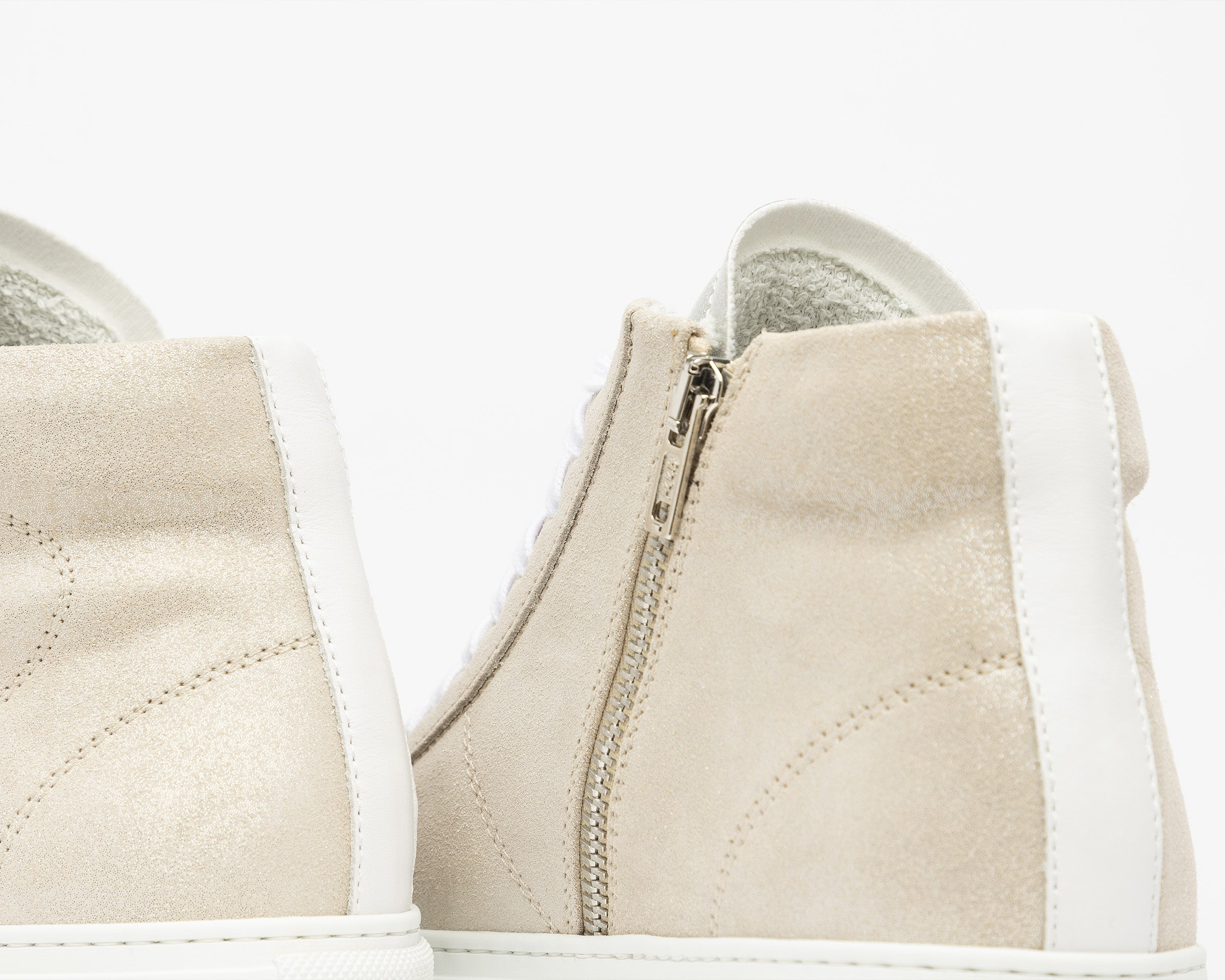Star High-Top Sneaker in Aspide - Detail 2