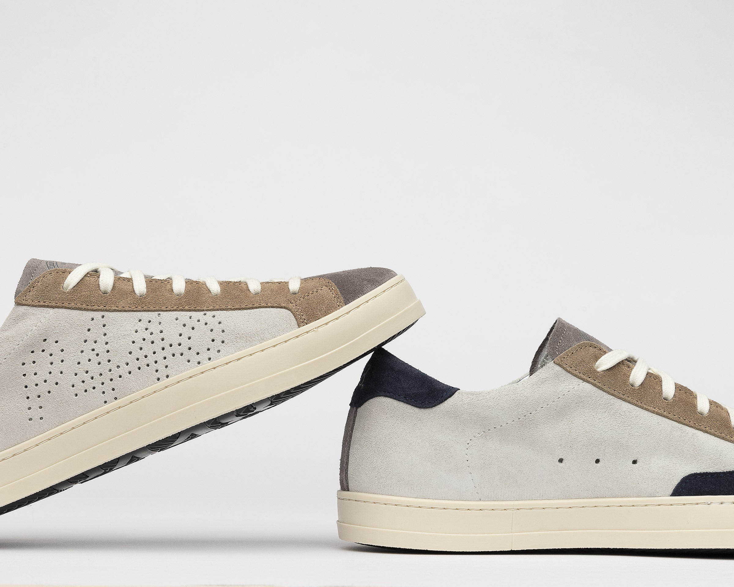 John Low-Top Sneaker in Grey Suede - Detail