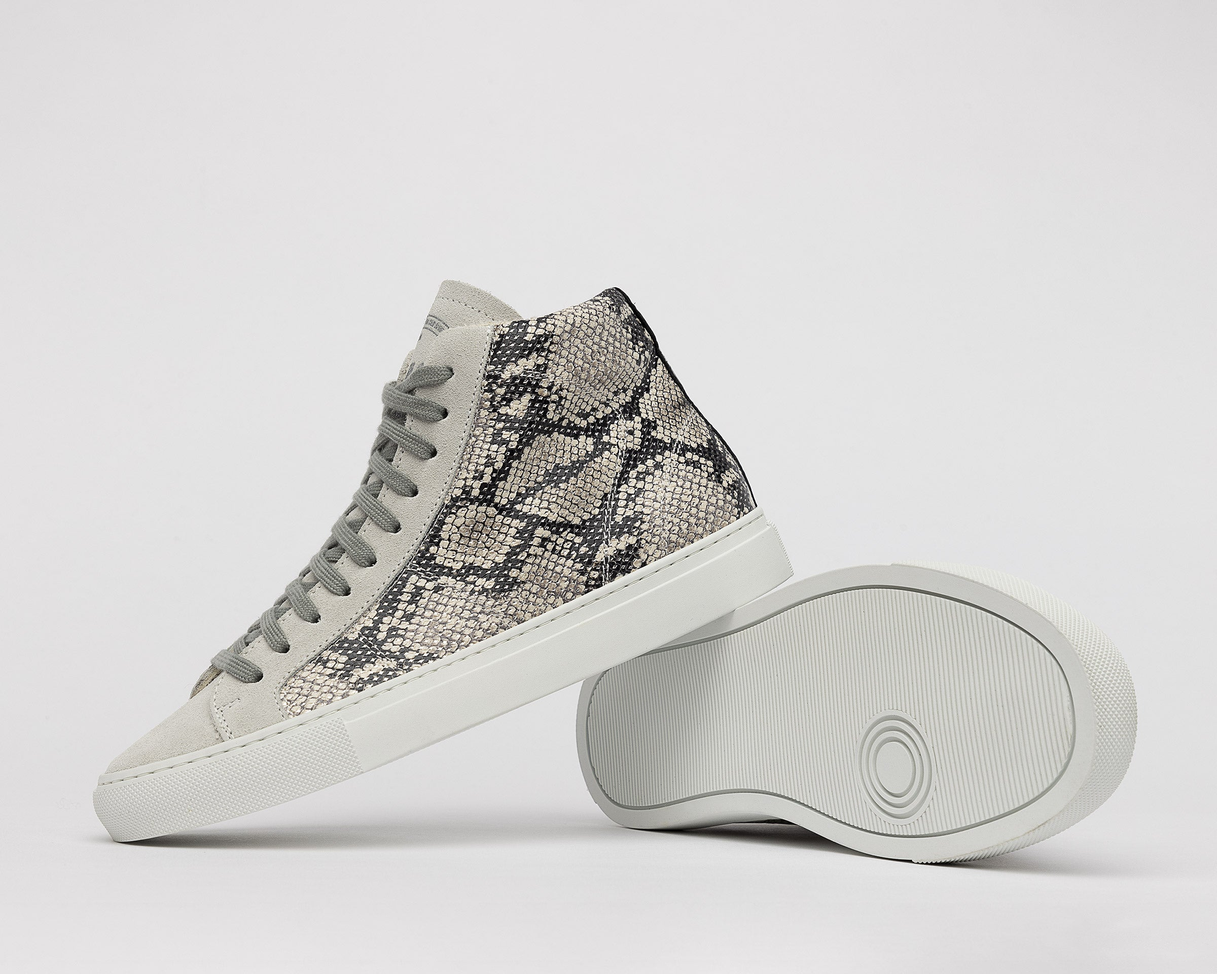 Star High-Top Sneaker in Silver Python - Detail 1