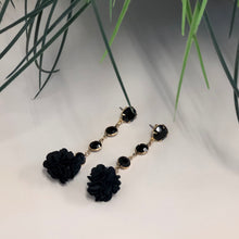 Load image into Gallery viewer, LBD Floral Earrings