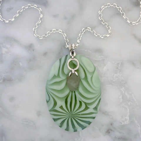green startburst glass necklace