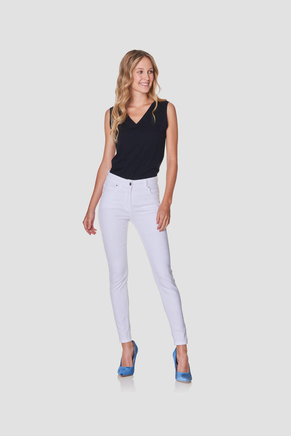 Seasonal White Stretch Ankle Jeans