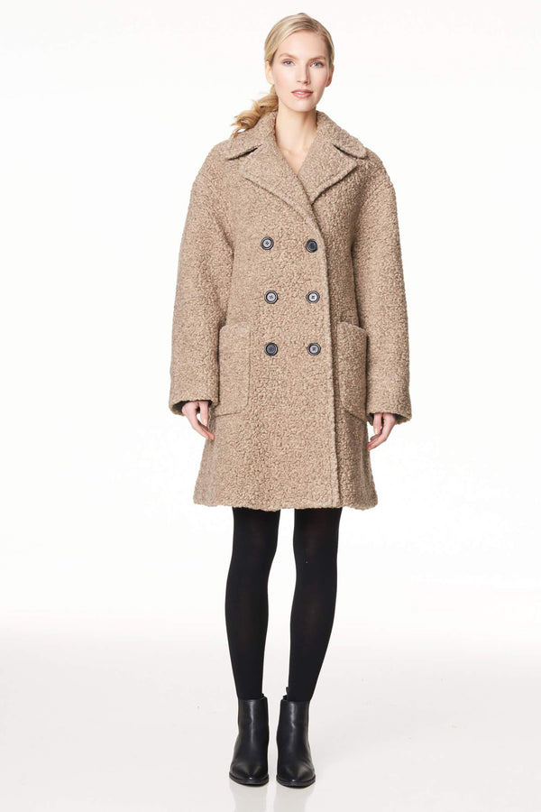 Voglia oversized beige teddy coat