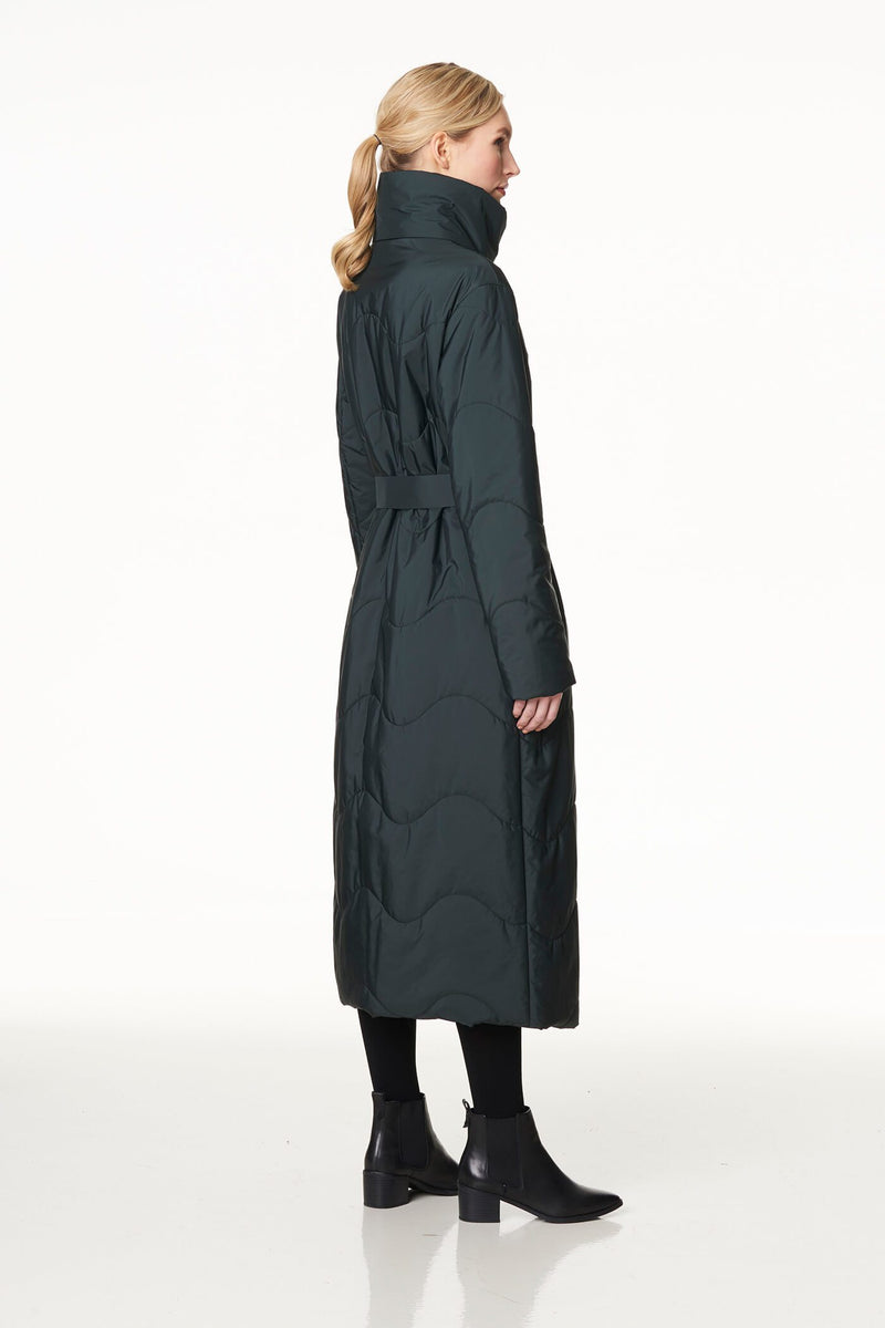 Voglia long quilted coat in green
