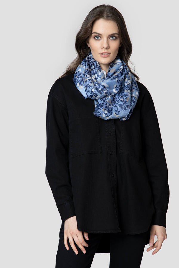 Voglia Finland women's blue silk tube scarf