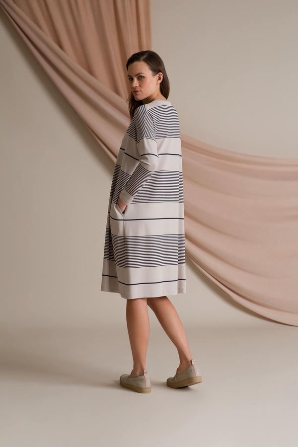 Alba striped jersey dress grey/ navy behind
