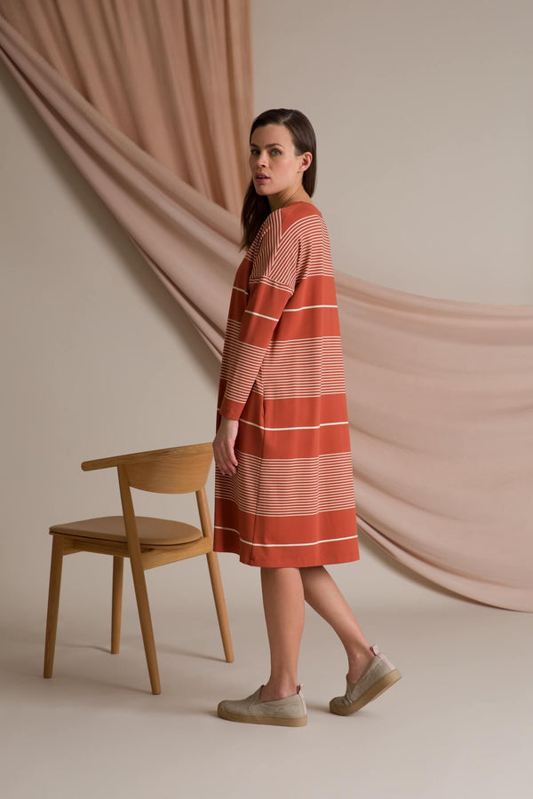 Alba striped jersey dress terra/ linen behind