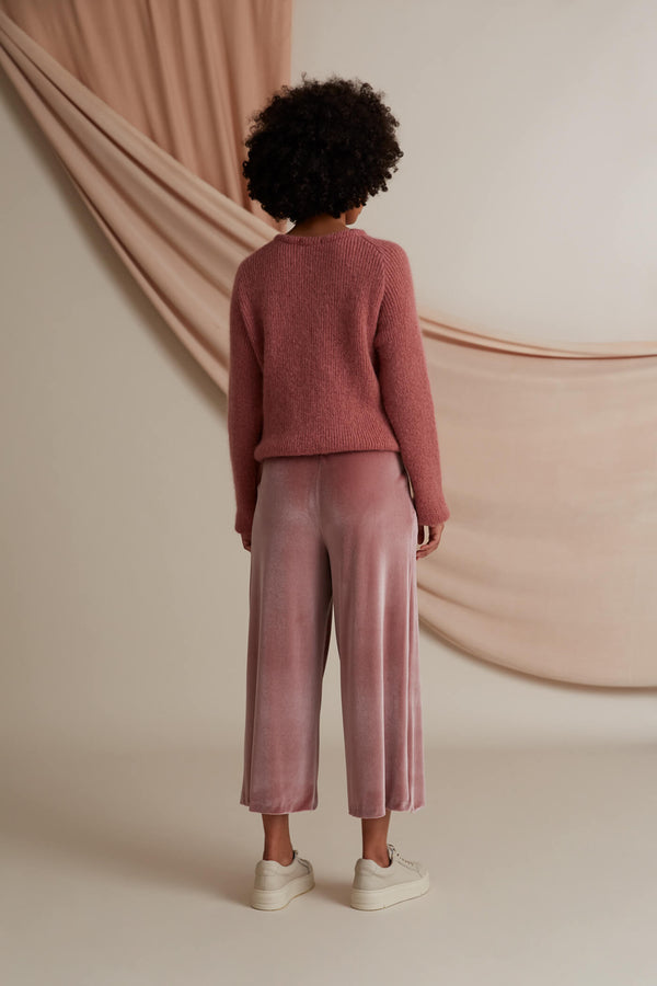 Annika velvet culottes heather pink behind