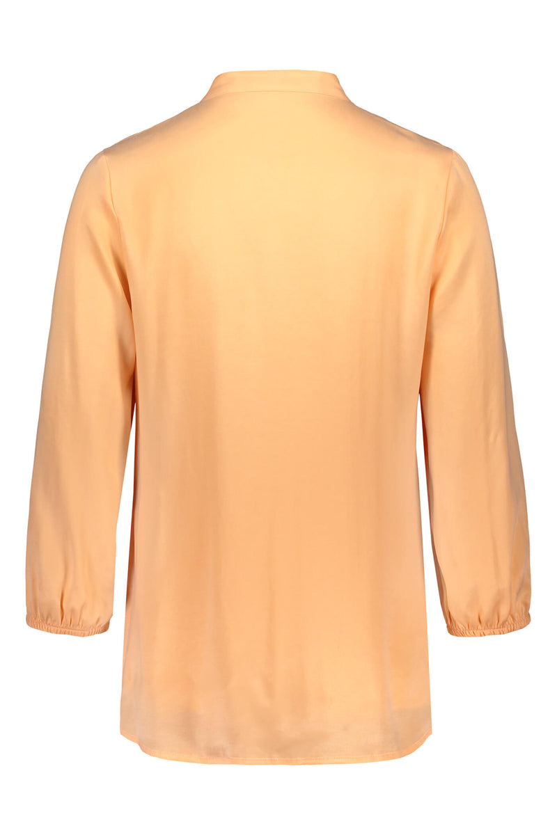 CARRIE Blouse peach back