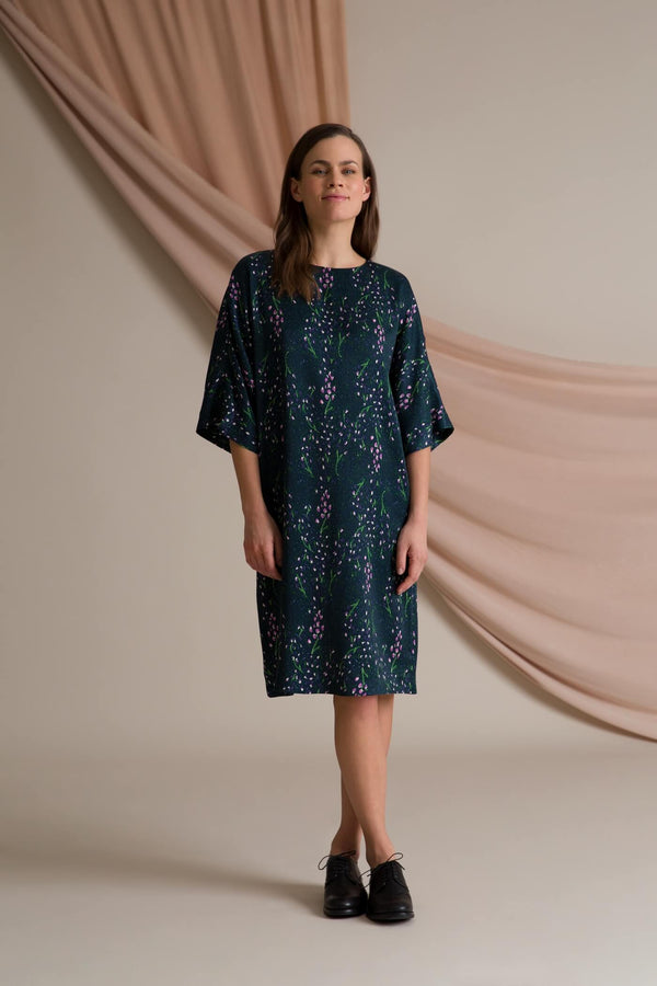 Catherine dress loose fit Helene-pattern