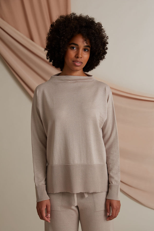 Claire loose fit jumper cafe latte