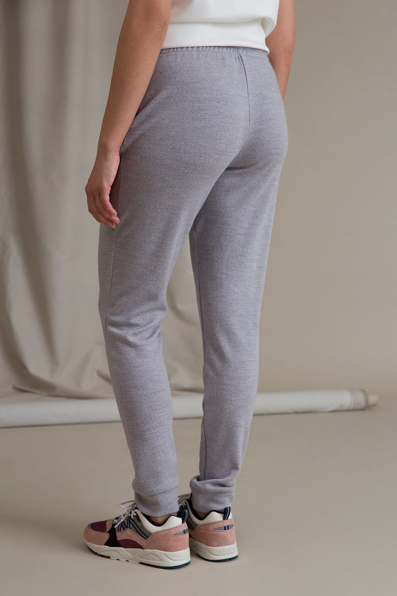 DORIT Merino Wool Joggers grey behind