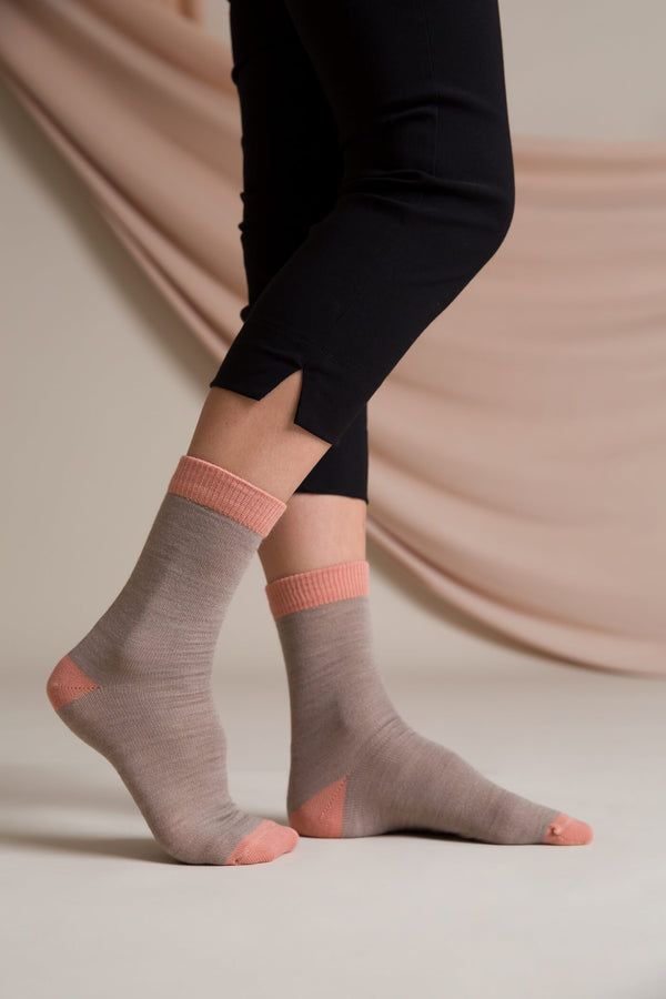 Ellis merino wool socks taupe