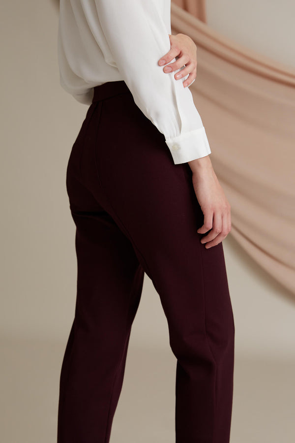 Emilia knit trousers burgundy side