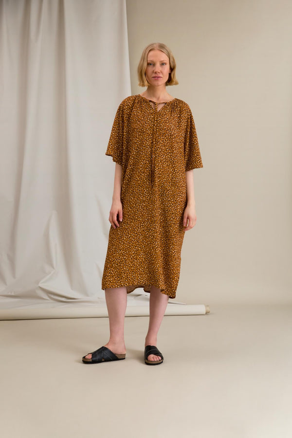 FATIMA Dot Pattern Dress chestnut