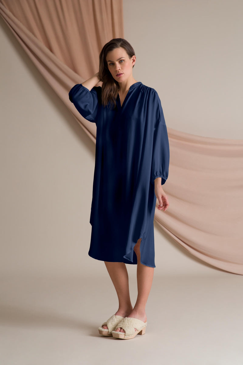 Fern silk dress dark blue side