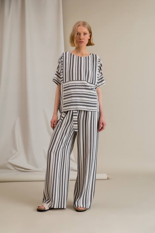 FIFI Striped Loose Fit Trousers black-white
