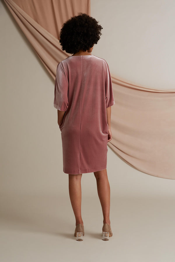 Georgina velvet dress heather pink behind