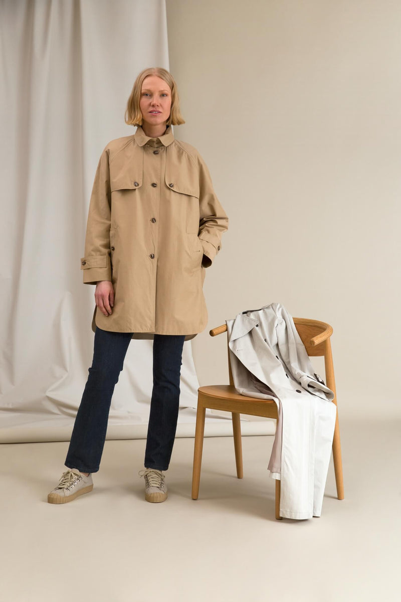 IRIS Oversize Coat chalk with icon coat