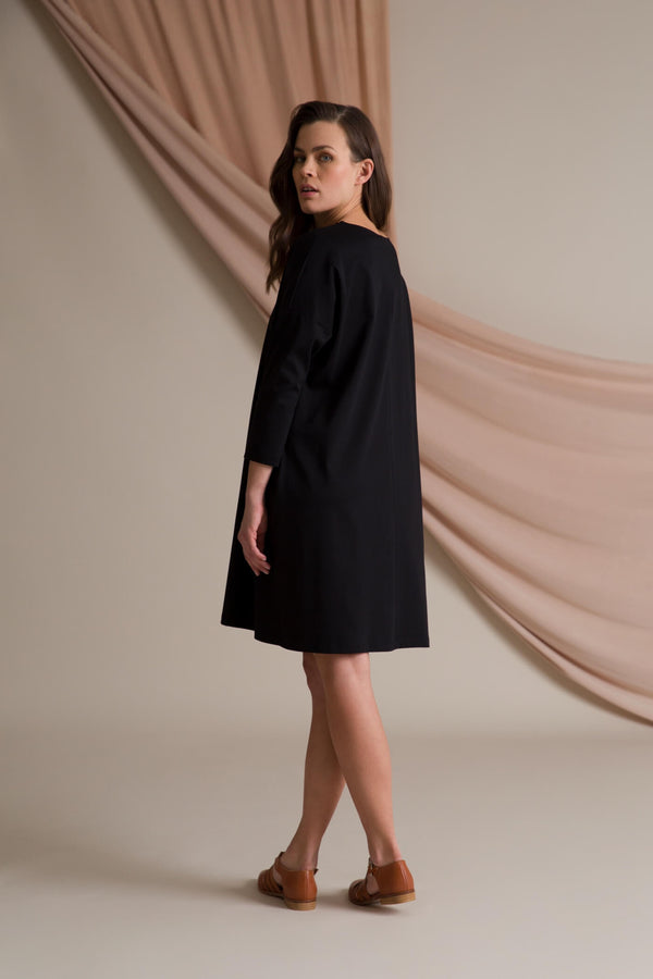 KAMILLA Boxy Dress blackest behind