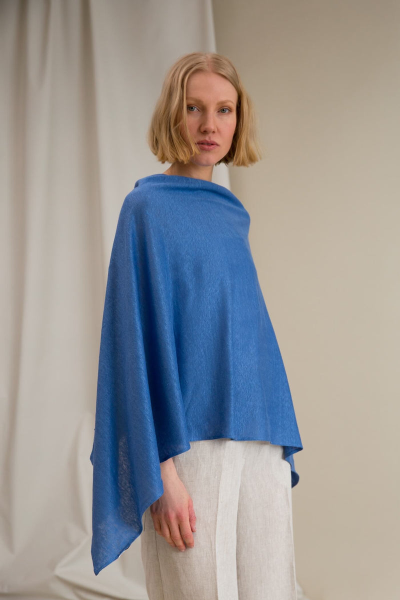 MALI Linen Poncho light blue
