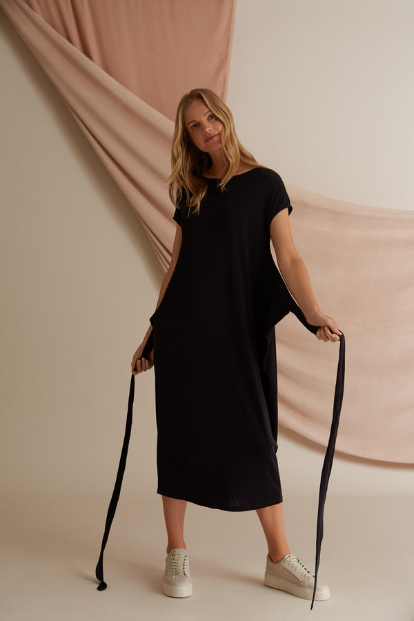 Voglia black Annie unwrapped tricot dress