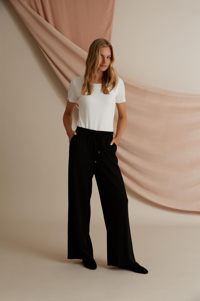 Voglia Finland Annabella Wide Jersey Pants in Black