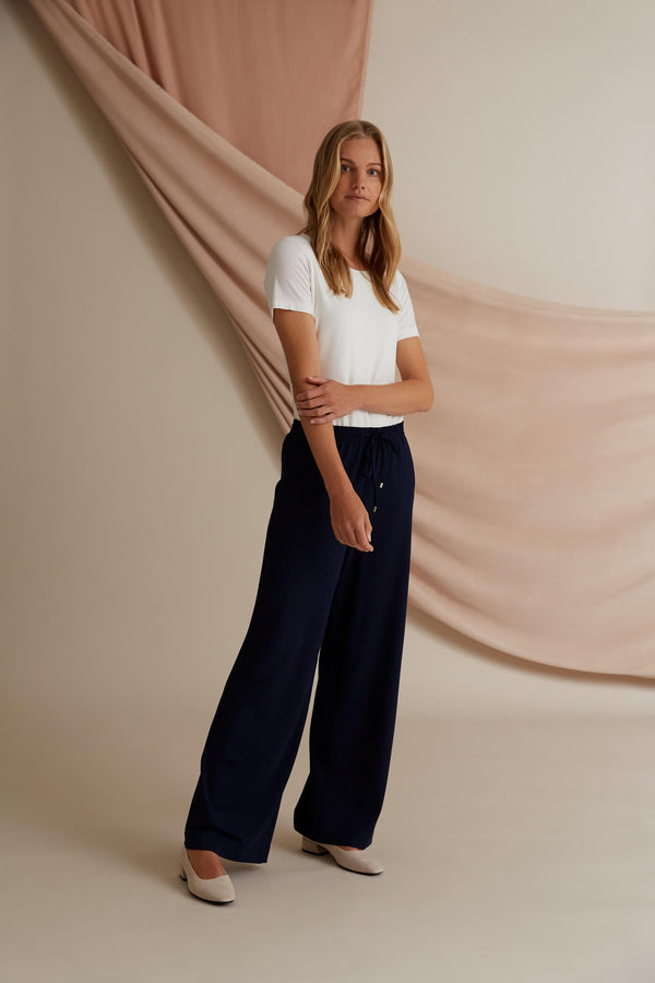 Voglia Finland Annabella Wide Jersey Pants in Dark Blue