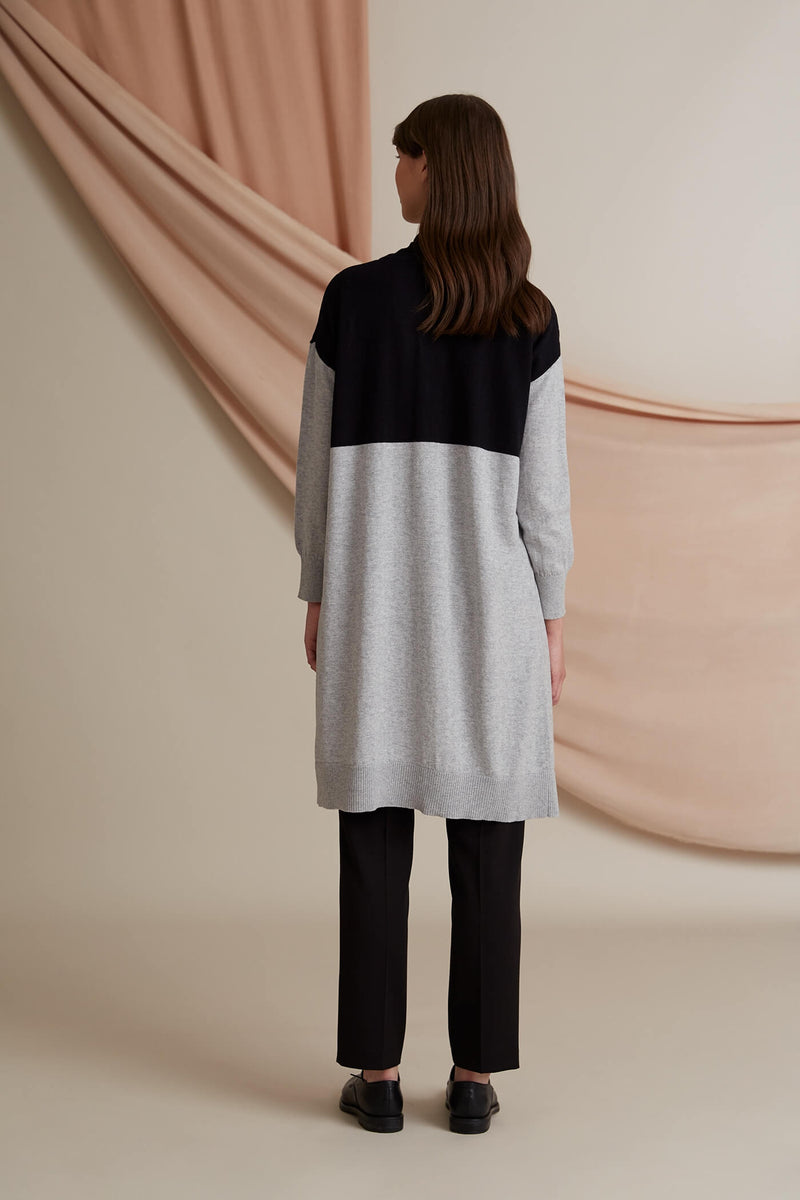 Voglia Finland colorblock cardigan back