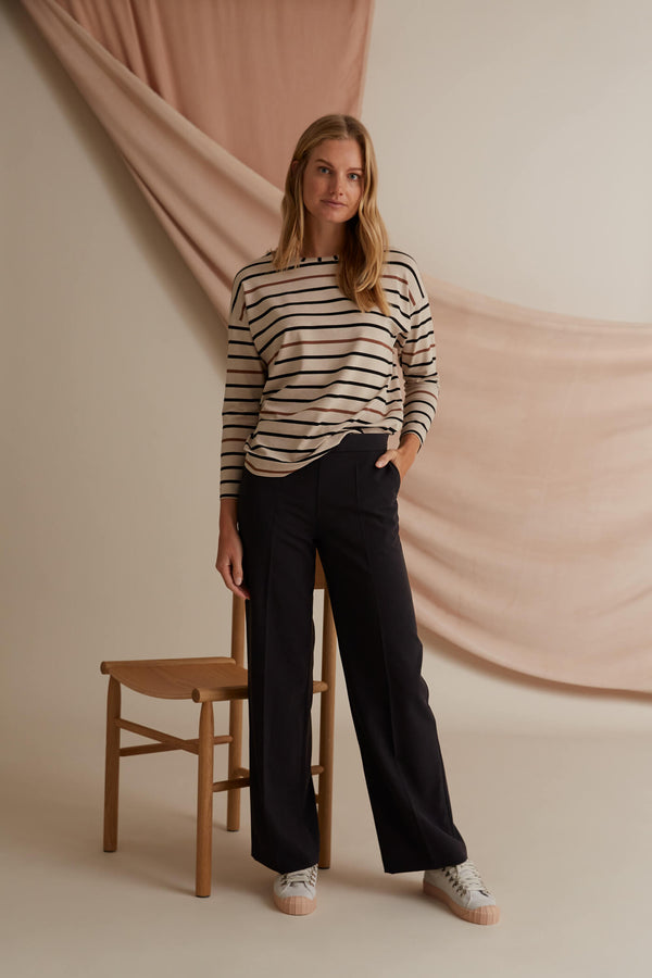 Voglia Finland Corinna black wide trousers
