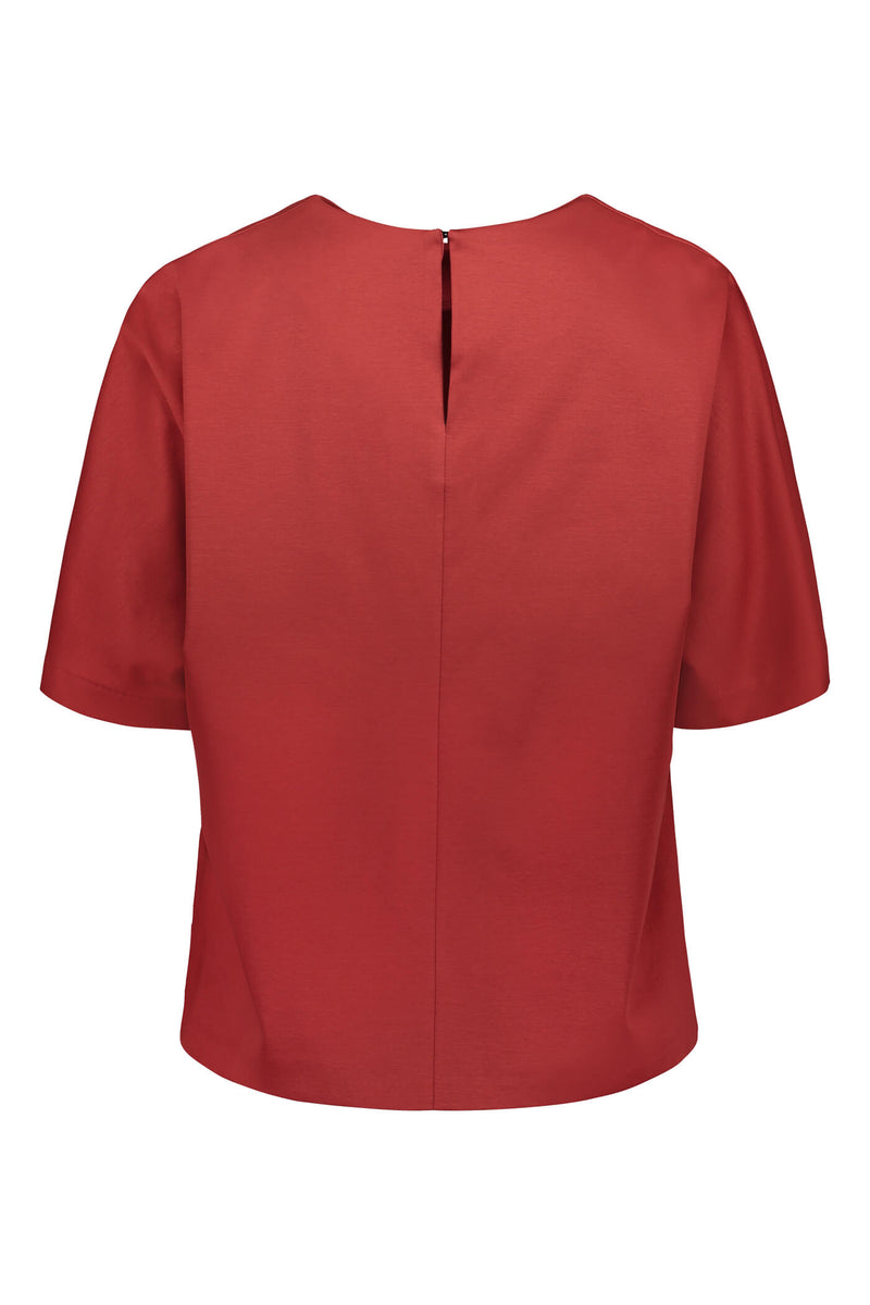 Voglia Finland Jessica rosewood red loose fit top back